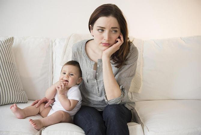 Baby Blues Bisa Melanda Pasca Melahirkan? Waspada Moms!