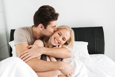 Berhubungan Intim Saat Hamil 9 Bulan, Amankah?