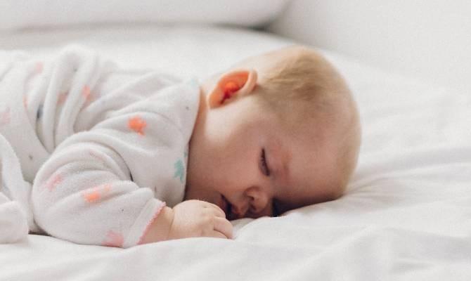 Bolehkah Bayi Tidur Tengkurap ?