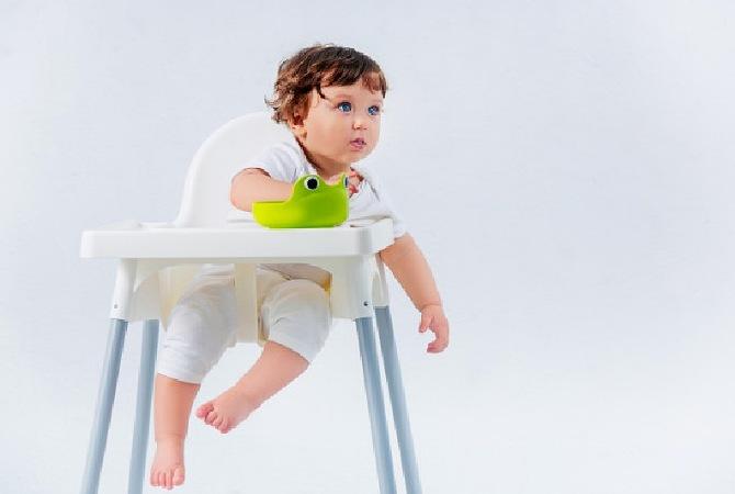 Ketahui 5 Masalah Makan pada Bayi serta Cara Mengatasinya