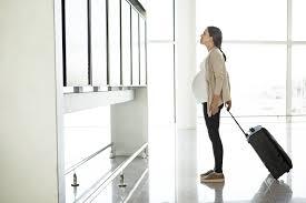 Rencanakan Travelling, Simak 7 Tips Travelling Bagi Ibu Hamil