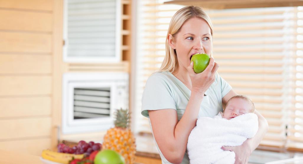 7 Buah untuk Ibu Menyusui agar Bayi Cerdas dan Sehat