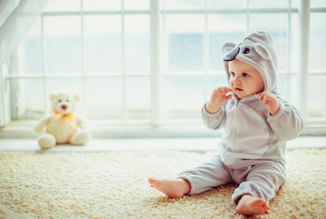 Bayi Isap Jari, Apa Saja Risiko dan Manfaatnya?