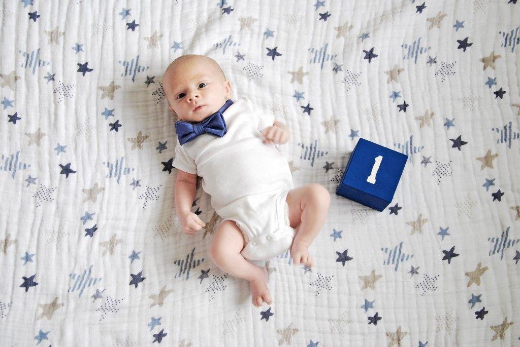 Perkembangan Bayi 1 Bulan, Memiliki Gerak Reflek yang Meningkat dan Mampu Mengenal Suara