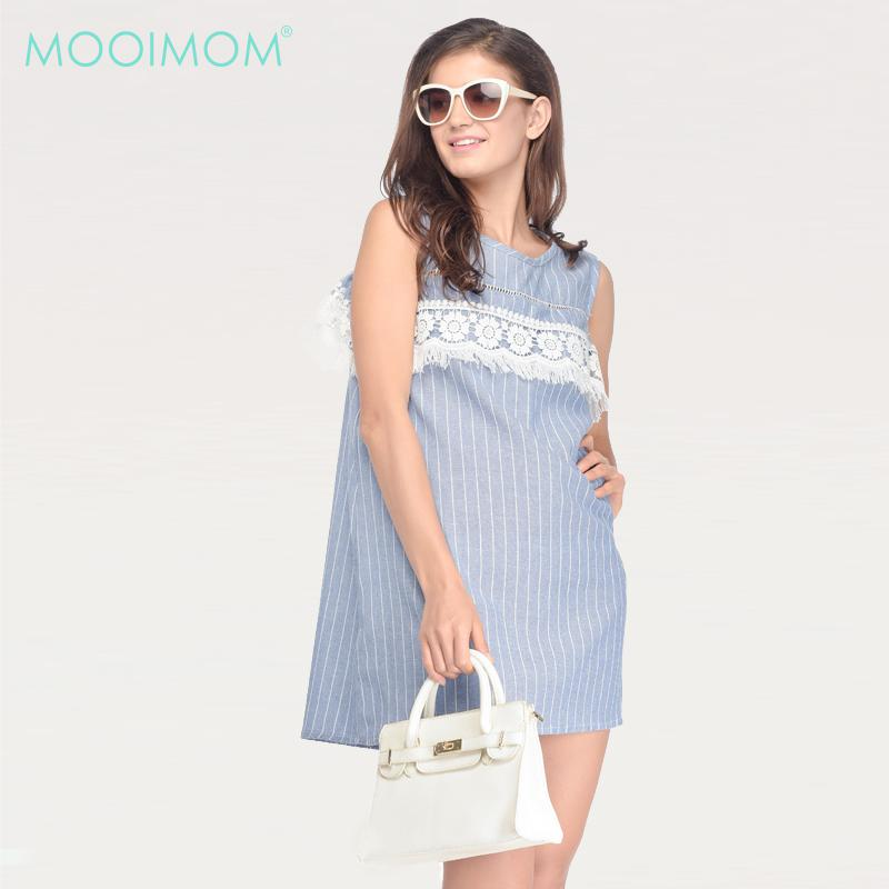 MOOIMOM Maternity & Nursing Dress In Lace With Cold Shoulder In Rib Blue